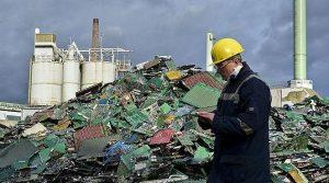 Ραγδαία αύξηση των «ηλεκτρονικών σκουπιδιών».