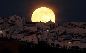 Το μεγαλύτερο φεγγάρι Στις 14 Νοεμβρίου