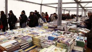 Παζάρι Βιβλίου στην πλατεία Κοτζιά με τιμές από 1€