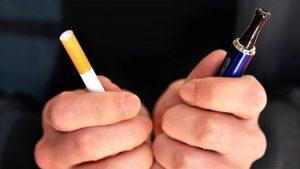 Τσουχτέρα πρόστιμα στο κάπνισμα και στο άτμισμα