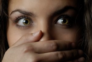 Προσοχή στη Λ.Βουλιαγμένης - Επιχείρησε να βιάσει δύο γυναίκες