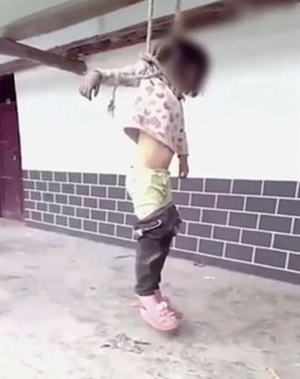 Πατέρας κρέμασε την κόρη του επειδή «τον εκνεύρισε»