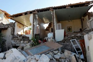 Tεράστιες καταστροφές και μία νεκρή, από το «χτύπημα» του Εγκέλαδου